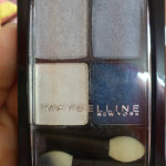 Maybelline eyeshadow quad in Sapphire Ice review