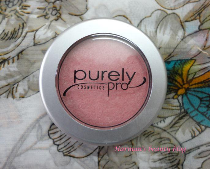Purely Pro blush in Universal review!